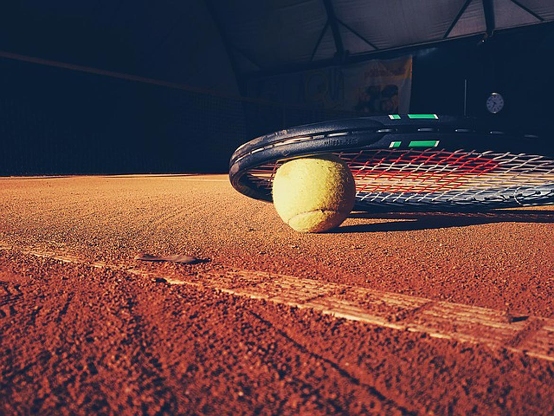 tennis-923659_640